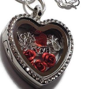 ❤ Love Heart Locket Silver Necklace! ❤